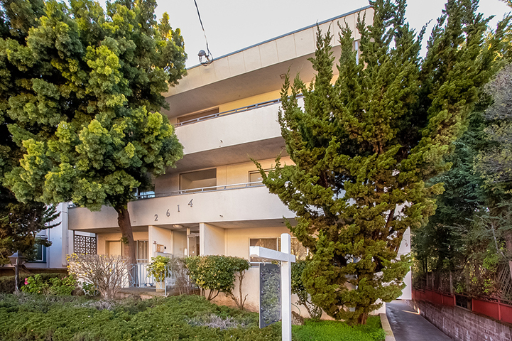 Most coveted location! Close to Elmwood and U.C. Berkeley. Spacious two bedroom, two bathroom unit with large balcony and all the amenities. One off-street parking space, laundry, dedicated storage unit. Central to campus, shopping and transportation.